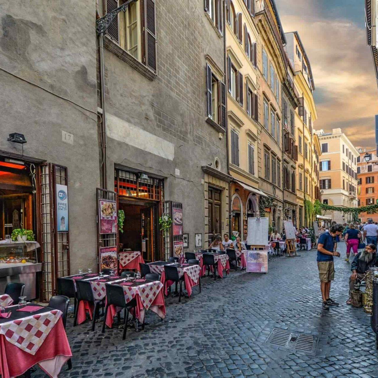 https://www.locfind.eu/wp-content/uploads/2017/10/restaurant-italian-6-1280x1280.jpg